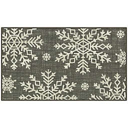 Holiday Snowflakes 1'8 x 2'10 Accent Rug in Grey