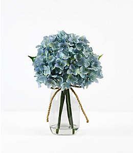 Arreglo floral artificial de hortensias azules con florero de vidrio
