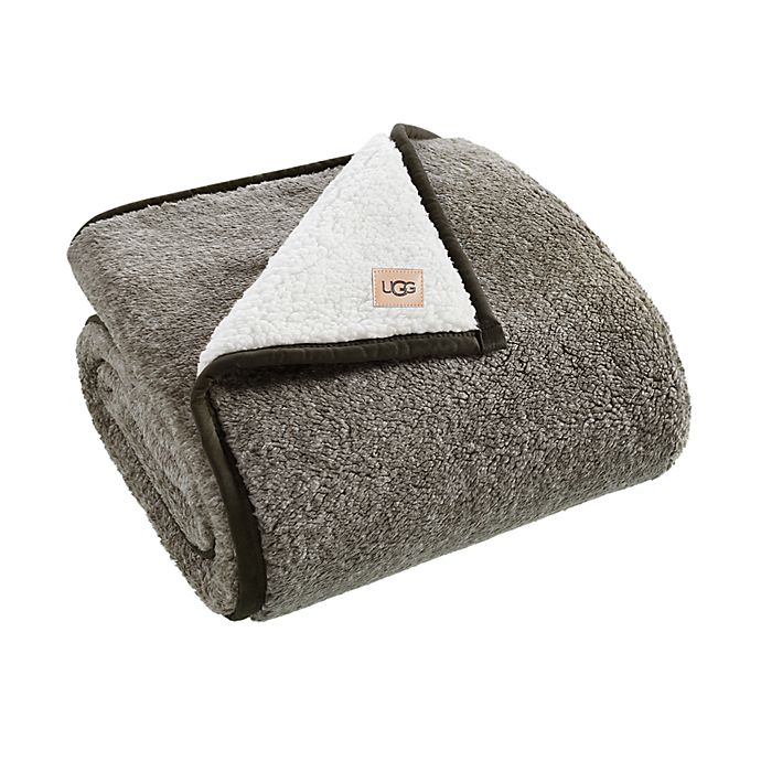 Alternate image 1 for UGG® Melange Classic Sherpa Throw Blanket in Green