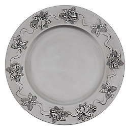 Saro Lifestyle Sousplat Holly Berry Charger Plates in Red (Set of 4)