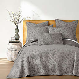 Homthreads Griffin Reversible Quilt Set in White
