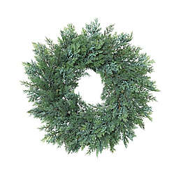 Gerson 22-Inch Cedar Christmas Wreath with Berry Accents