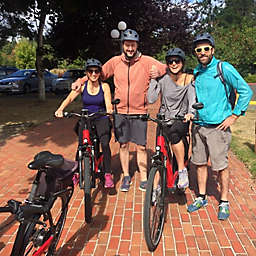 Seattle Pedal, Paddle, and Picnic Tour by Spur Experiences®