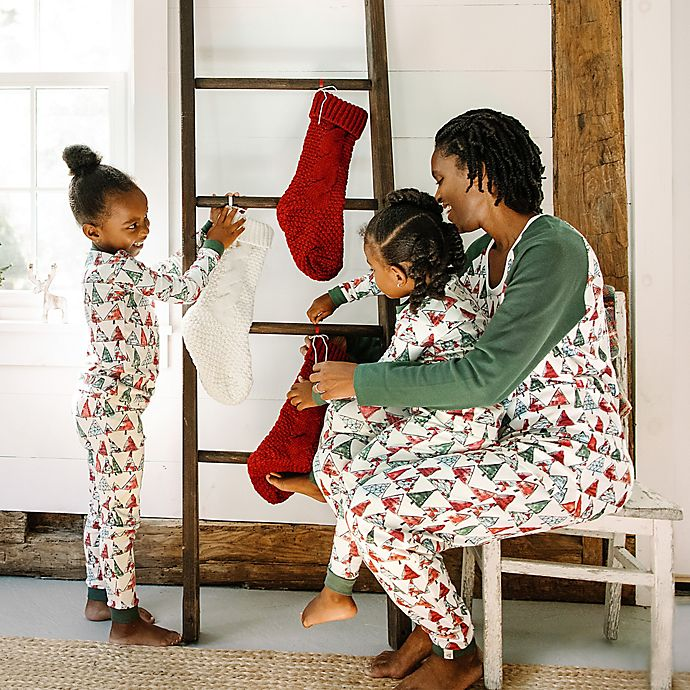 Alternate image 1 for Burt's Bees Baby® O Christmas Tree Organic Cotton Holiday Family Jammies Collection