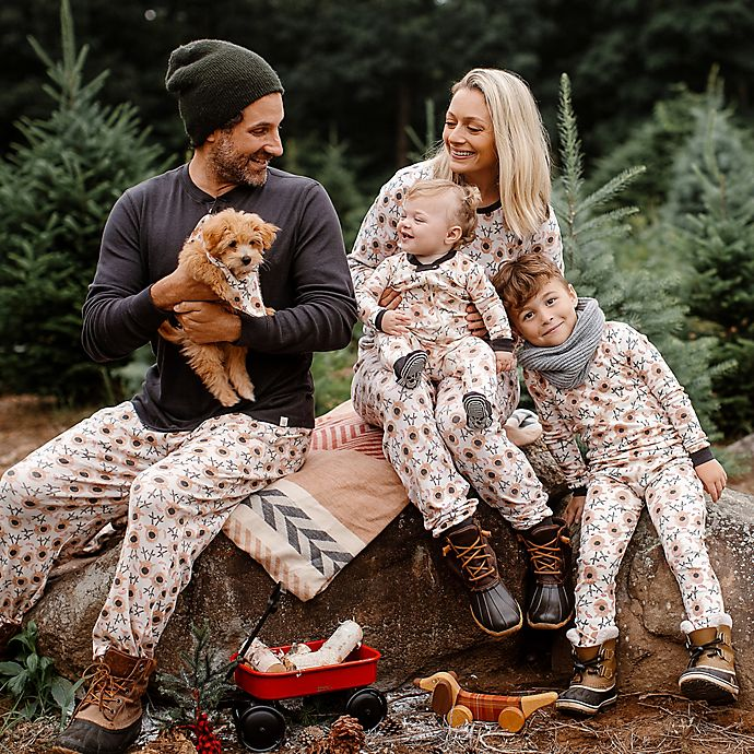 Alternate image 1 for Burt's Bees Baby® Reindeer Organic Cotton Holiday Family Jammies Collection