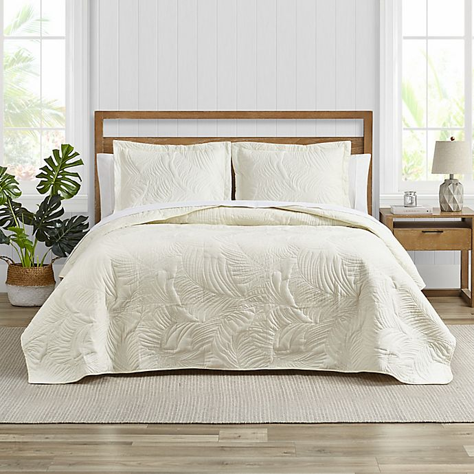 Alternate image 1 for Tommy Bahama® Paradise Fronds 3-Piece Reversible Quilt Set in Ivory