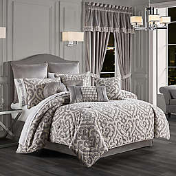 J. Queen New York™ Belvedere 4-Piece Comforter Set in Silver