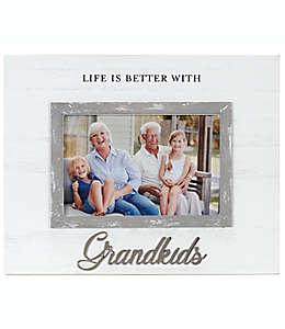 """Portarretratos con marco de madera Malden International Designs """"Grandkids"""" en cursiva"""