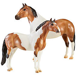 """Breyer Traditional """"The Gangsters"""" Horse Figurines (Set of 2)"""