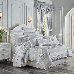 J. Queen New York™ Riverside 4-Piece Reversible Comforter Set in Spa