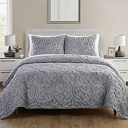 VCNY Home Shari Plush 3-Piece King Quilt Set in Grey