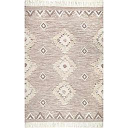 nuLOOM Savannah Moroccan Fringe Handcrafted Rug