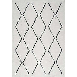 JONATHAN Y Calvia Trellis Moroccan Shag Area Rug in White/Black