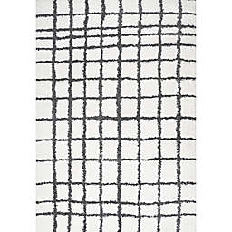 JONATHAN Y Arenal Geo Grid 4' x 6' Shag Area Rug in White/Black