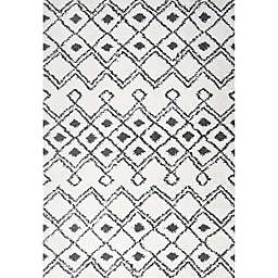 JONATHAN Y Caimari Moroccan Shag Area Rug in White/Black