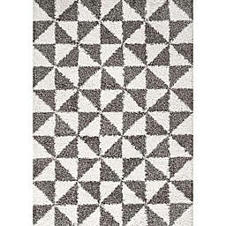 JONATHAN Y Alcudia Geometric Shag Area Rug in Beige/Dark Grey