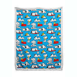Peanuts Sherpa Back Blanket in Light Blue