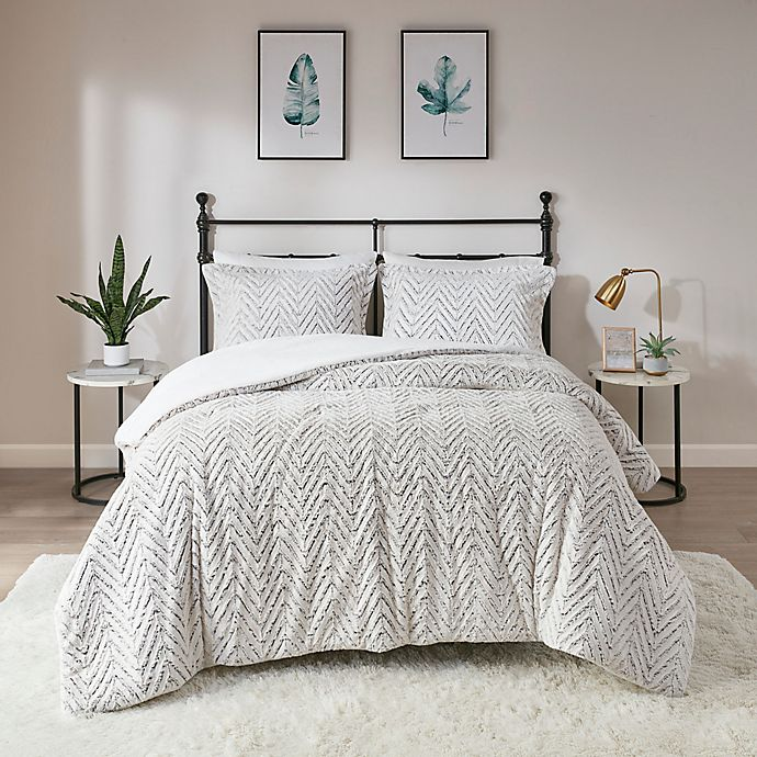 Alternate image 1 for Madison Park Adelyn Ultra Plush 2-Piece Twin/Twin XL Comforter Set in Ivory