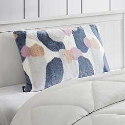 UGG® Avery Pillowcase