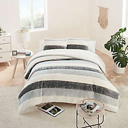 UGG® Grayson Striped 3-Piece Full/Queen Duvet Cover Set in Seal Grey
