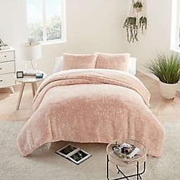 UGG® Elsie Faux Fur 3-Piece Full/Queen Comforter Set in Quartz