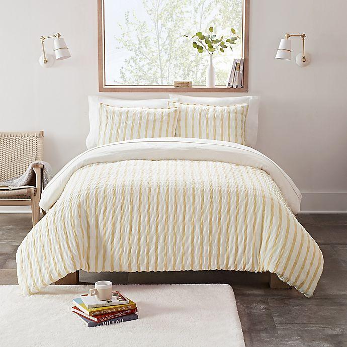 Alternate image 1 for UGG® Devon Textured 2-Piece Reversible Twin/Twin XL Comforter Set in Sun Stripe