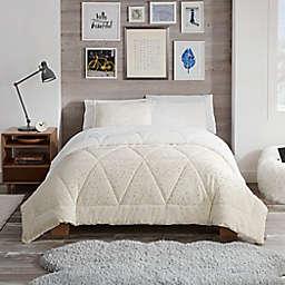 UGG® Avery Stars 3-Piece Comforter Set