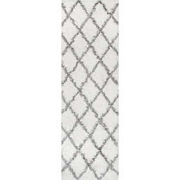 nuLOOM Shanna Shaggy 2-Foot 8-Inch x 8-Foot Runner in White