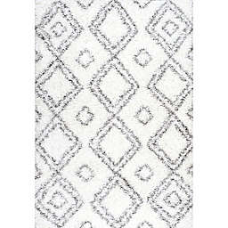 nuLOOM Iola Easy 5-Foot 3-Inch x 7-Foot 6-Inch Shag Area Rug in White