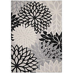 Nourison Aloha 7' x 10' Textured Floral Indoor/Outdoor Rug in Black/White
