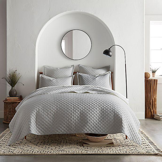Alternate image 1 for Linen/Cotton 3-Piece Quilt Set