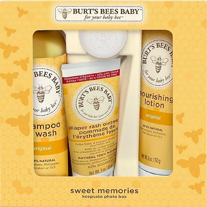 Alternate image 1 for Burt's Bees® Baby Bee® Sweet Memories Gift Set