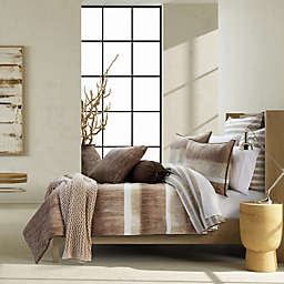 Oscar/Oliver Vaughn 3-Piece Reversible King/California King Comforter Set in Cocoa