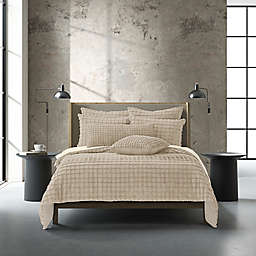 Oscar/Oliver Cameron 2-Piece Reversible Twin/Twin XL Duvet Cover Set in Navy