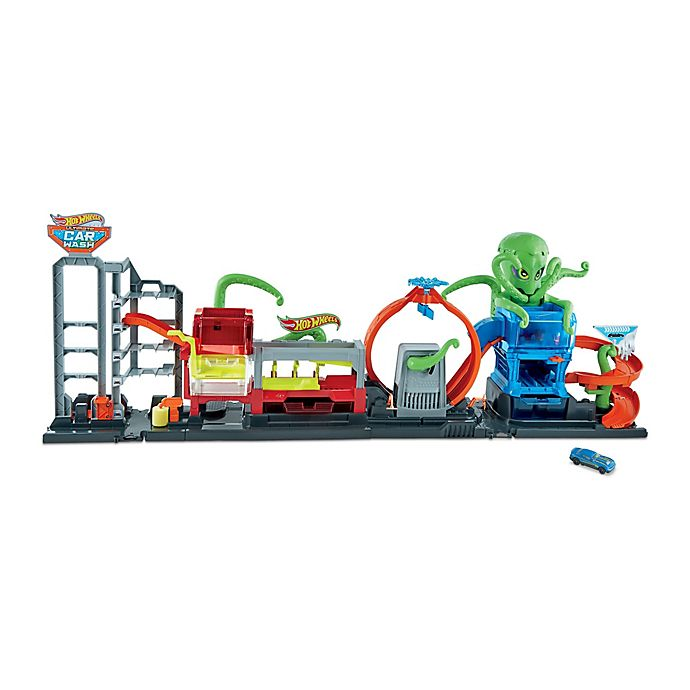 Alternate image 1 for Hot Wheels® City Ultimate Octo Car Wash