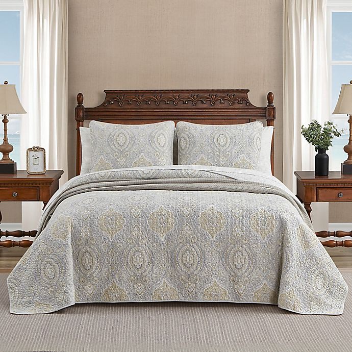 Alternate image 1 for Tommy Bahama® Turtle Cove 3-Piece Reversible Quilt Set