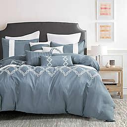 Azmera Luxury 7-Piece Queen Comforter Set in Blue