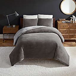 UGG® Coco Dawson 3-Piece Reversible King Duvet Cover Set in Charcoal