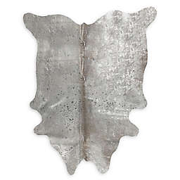 Natural Rugs Scotland Cowhide 5' x 7' Area Rug in Grey/Silver