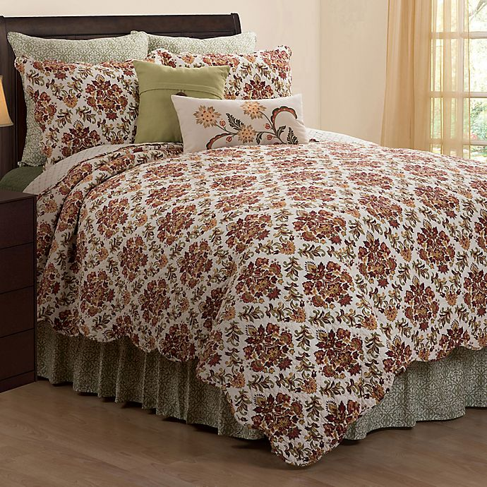 Alternate image 1 for Agnes Floral Reversible King Quilt in Green