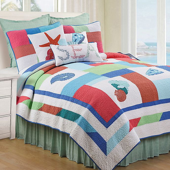 Alternate image 1 for Antigua Bay Reversible Full/Queen Quilt in Coral