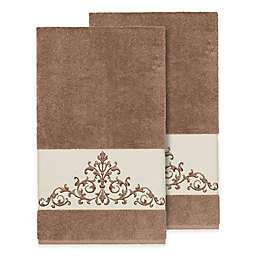 Linum Home Textiles Scarlet Crest Bath Towels in Latte (Set of 2)