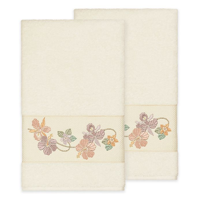 Alternate image 1 for Linum Home Textiles Caroline Bath Towel in Cream (Set of 2)