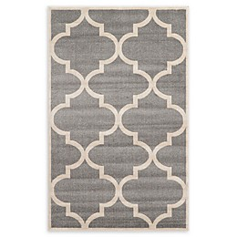 Unique Loom Austin Trellis Powerloomed Area Rug in Grey