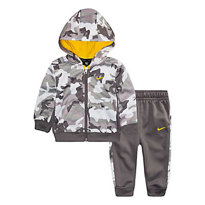 Nike® 2-Piece Therma Camo Hoodie and Pant Set in Grey