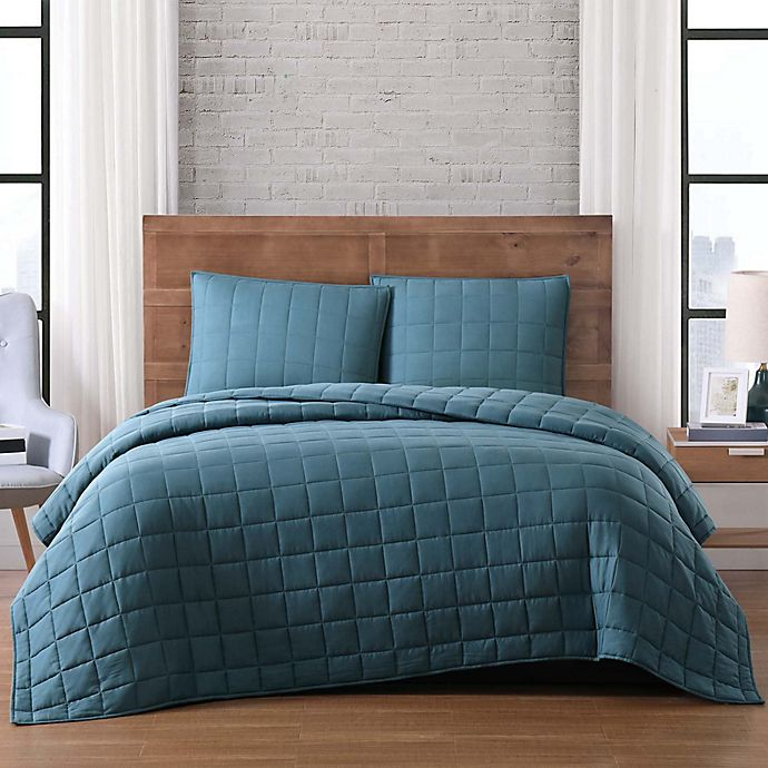 Alternate image 1 for Brooklyn Loom Winston Full/Queen Quilt Set in Green