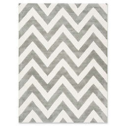 Safavieh Kids® Wide Chevron Run in Grey
