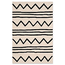 Safavieh Kids® Zigzag 4' x 6' Rug in Ivory
