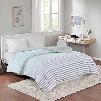 Equip Yor Space Toby Reversible Full/Queen Comforter in Aqua