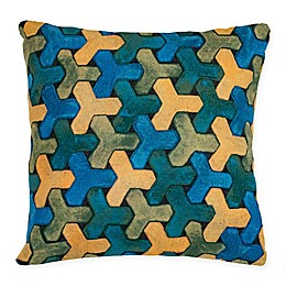 Liora Manne Trefoil Indoor/Outdoor Square Throw Pillow in Blue